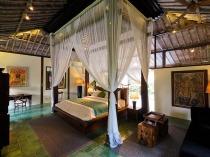 plcb1-bedroom-grand-pool-villabedroom_kvx6p