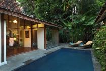 plcb1-bedroom-grand-pool-villaexterior_5h16c