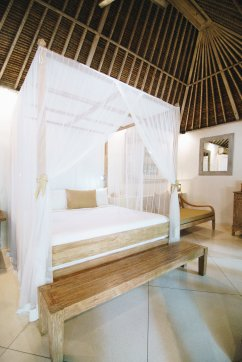 SUNGAI Bedroom 3 ceiling